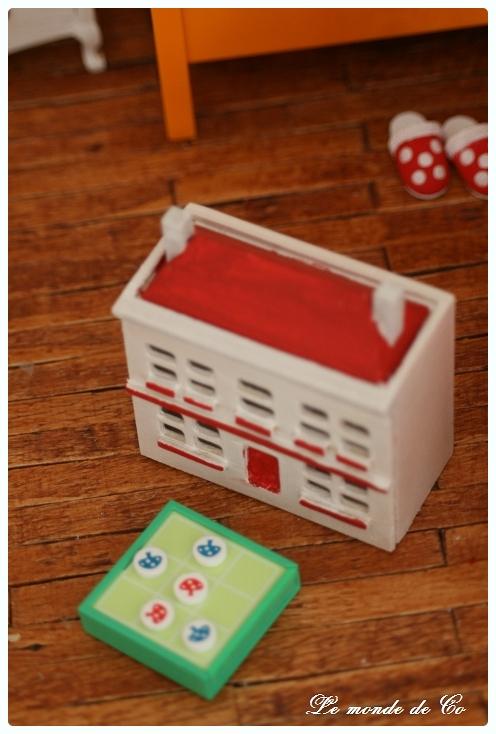Une maison pour mes minis... IMG_7329-border